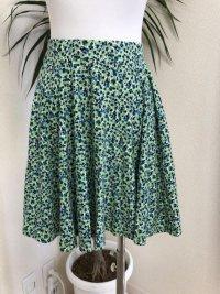 ユニクロ ミニフレアスカートグリーン小花柄M