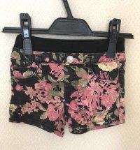 薔薇柄ショートパンツ黒&ピンク110