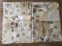 カントリー花柄 ハンドメイド布地 ベージュ 110×80